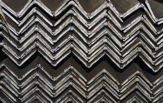 laminato angolare di Vicini spa prodotti siderurgici e tubi strutturali Firenze