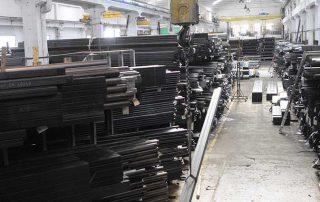 foto materiali tubolari in interno magazzino presso Vicini Tubi spa Firenze