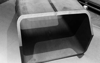 foto di taglio materiale presso Vicini Tubi spa Firenze